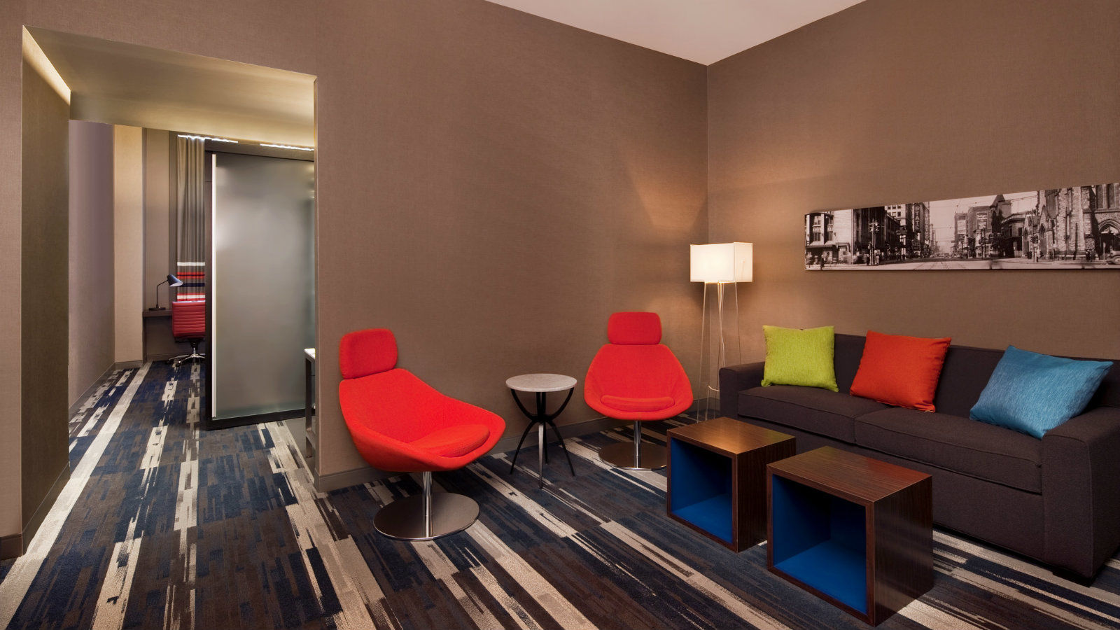 Detroit Accommodations - Aloft King Suite